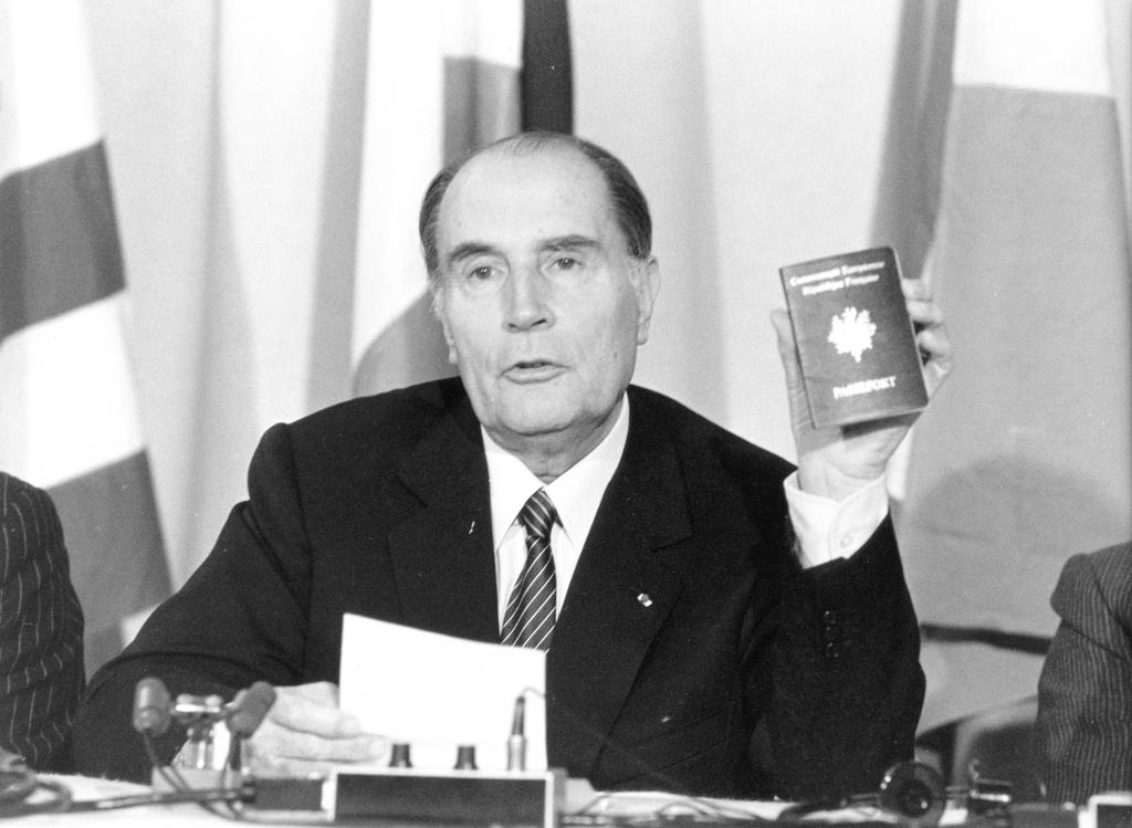 The European passport (1984)