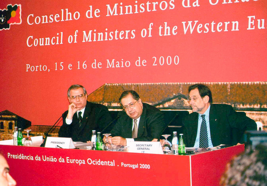 Press conference of the WEU Council of Ministers in Porto (15 and 16 May 2000)